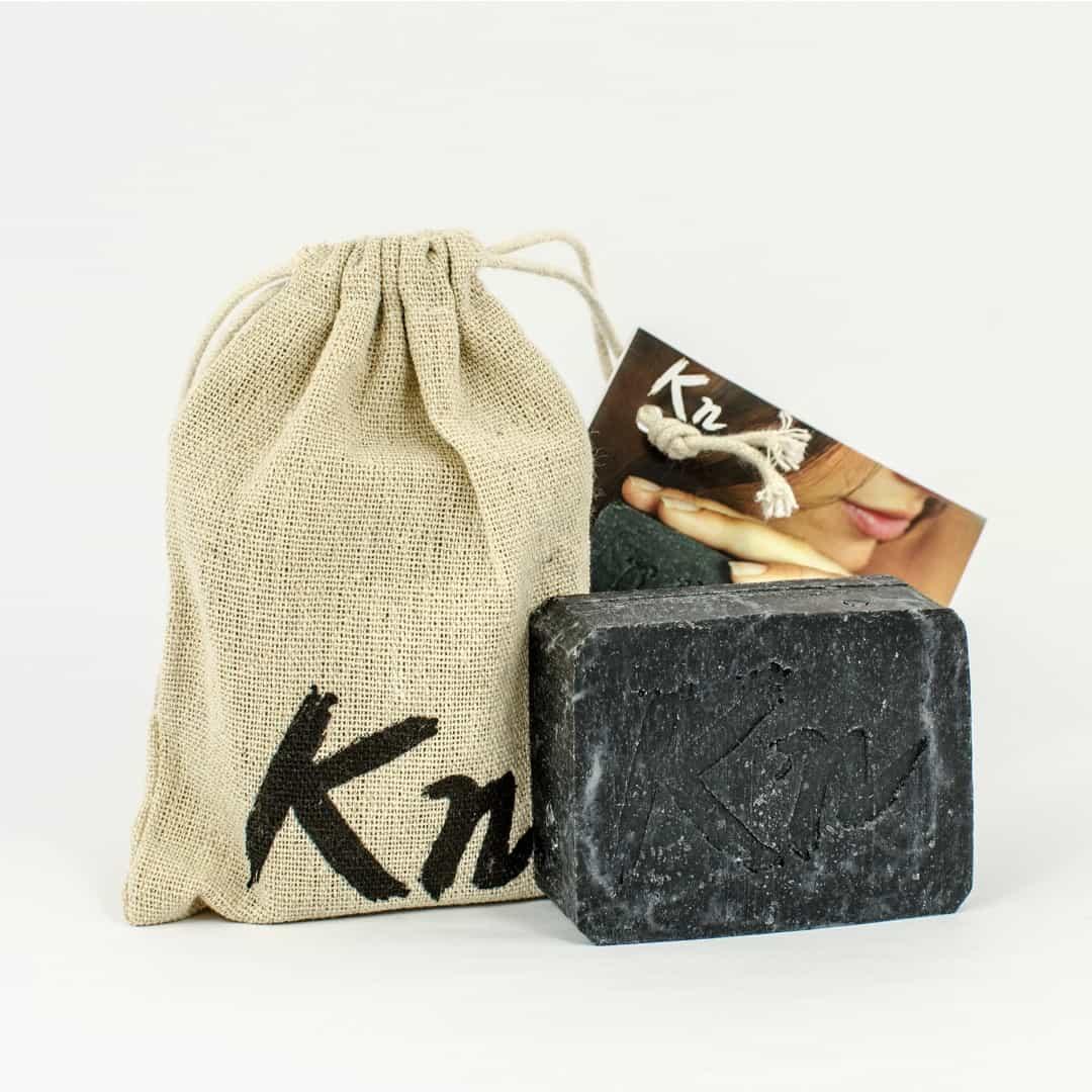 Črno milo Karbonoir™️ | Ročno izdelano trdo milo z ogljem