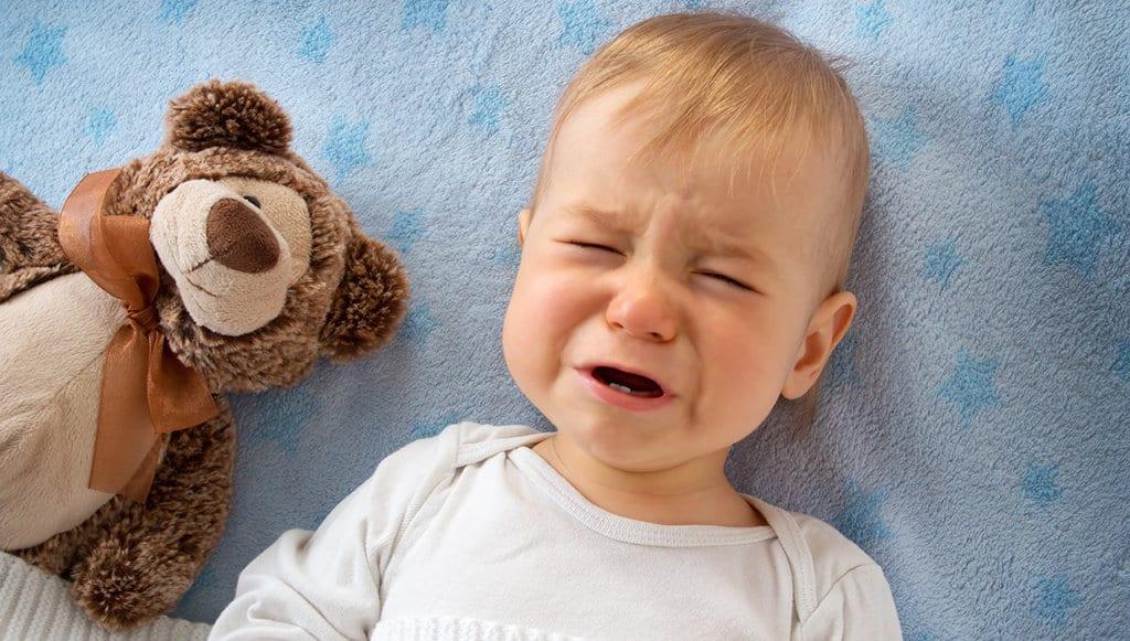 enoletni otrok, ki joka